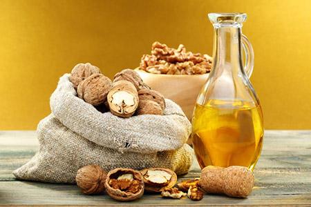 масло и грецкие орехи